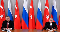Putin in Turkey to Push Energy Deals despite Syria Crisis