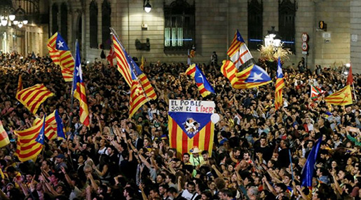 In Deepest Catalonia, Independence Dream Stalls