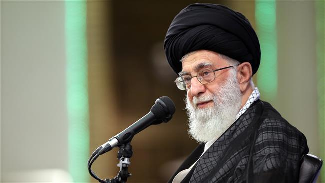 Imam Khamenei: Muslim Students in Europe Must Promote Islam