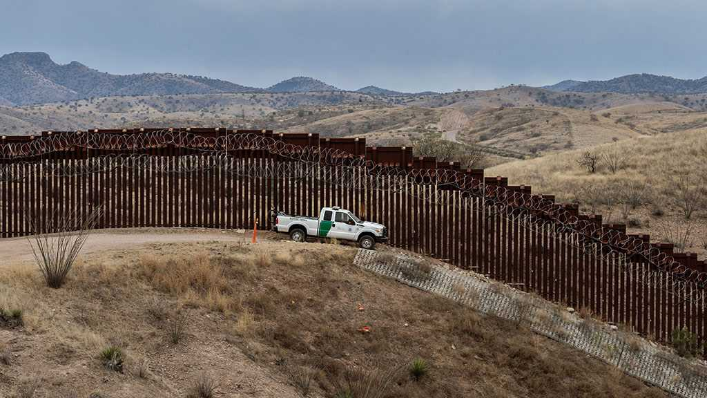US Supreme Court Approves Diverting $2.5 Billion from Pentagon Budget to Border Wall