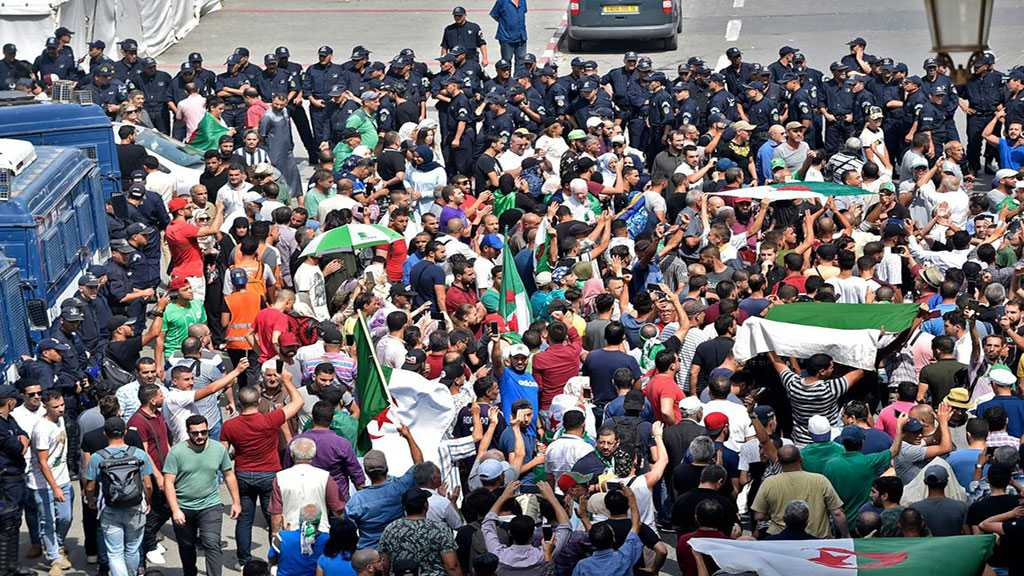 Algeria: Thousands Protest In the Capital despite Tight Security