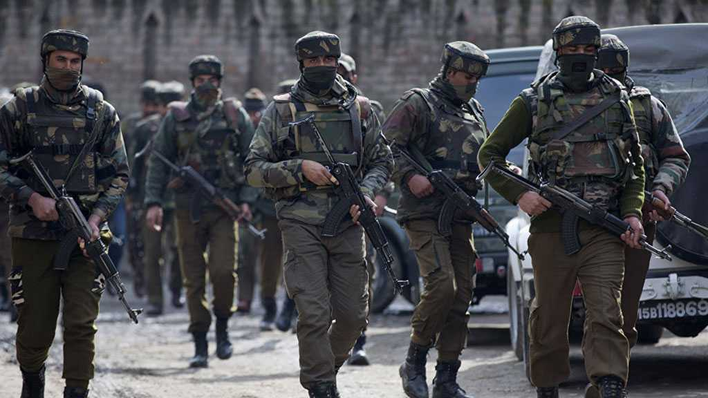 Up to 10 Injured in Explosion near Deputy Commissioner's Office in Kashmir