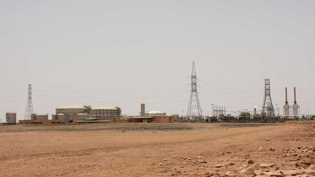 East Libyan Forces Launch Air Strikes near Southwest Oil Fields