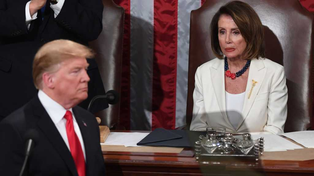 Trump Accepts Pelosi's Invitation to Deliver SOTU despite Impeachment