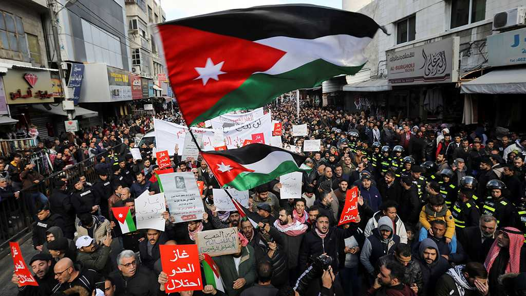 Jordan: Hundreds Protest Against Gas Deal with 'Israel', Demand Gov't Resignation