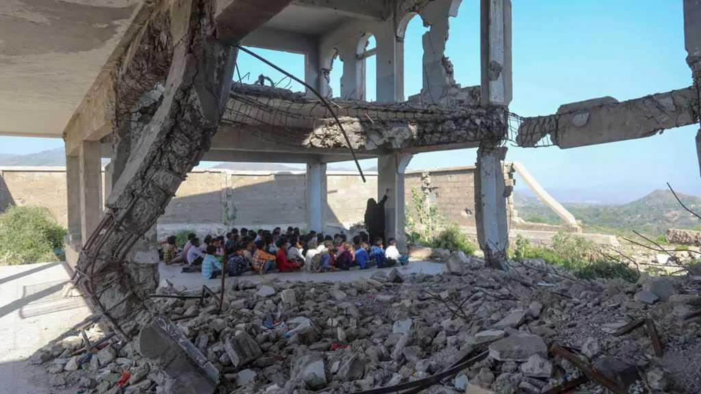 In Yemen, Children Begin Classes in the Ruins of War