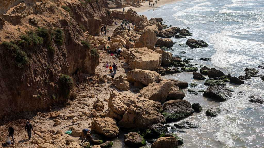 "Oil Spill Off the ""Israeli""-Occupied Coast Now Covers Entire Lebanese Shoreline"